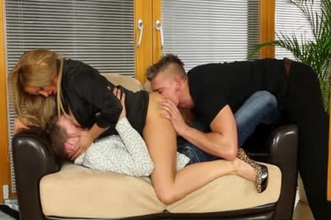 yummy Bisexuals pounding With A blonde