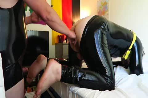 Latex Play Fisting Attempt And hammering