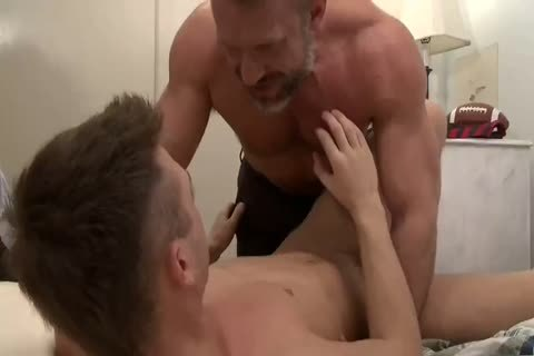 males nailing twinks